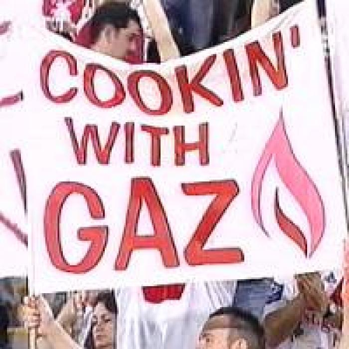 NRL_DragonsCookin-With-Gaz_sign090906.jpg